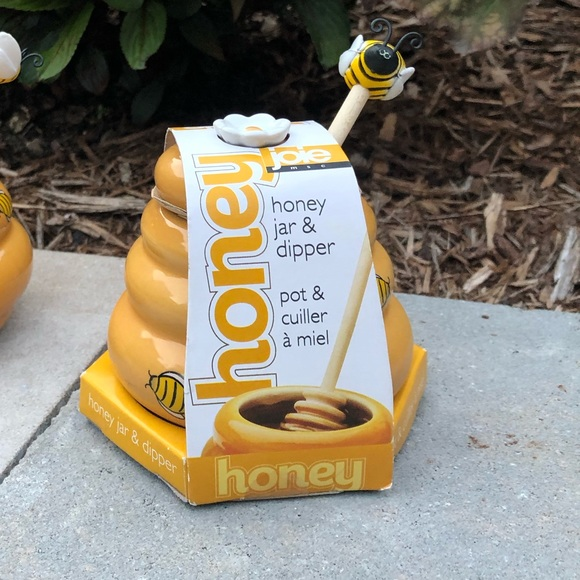Other - Beehive honey pot with dipper